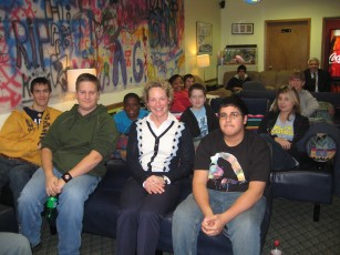 Illinois State Representative Elaine Nekritz with teens