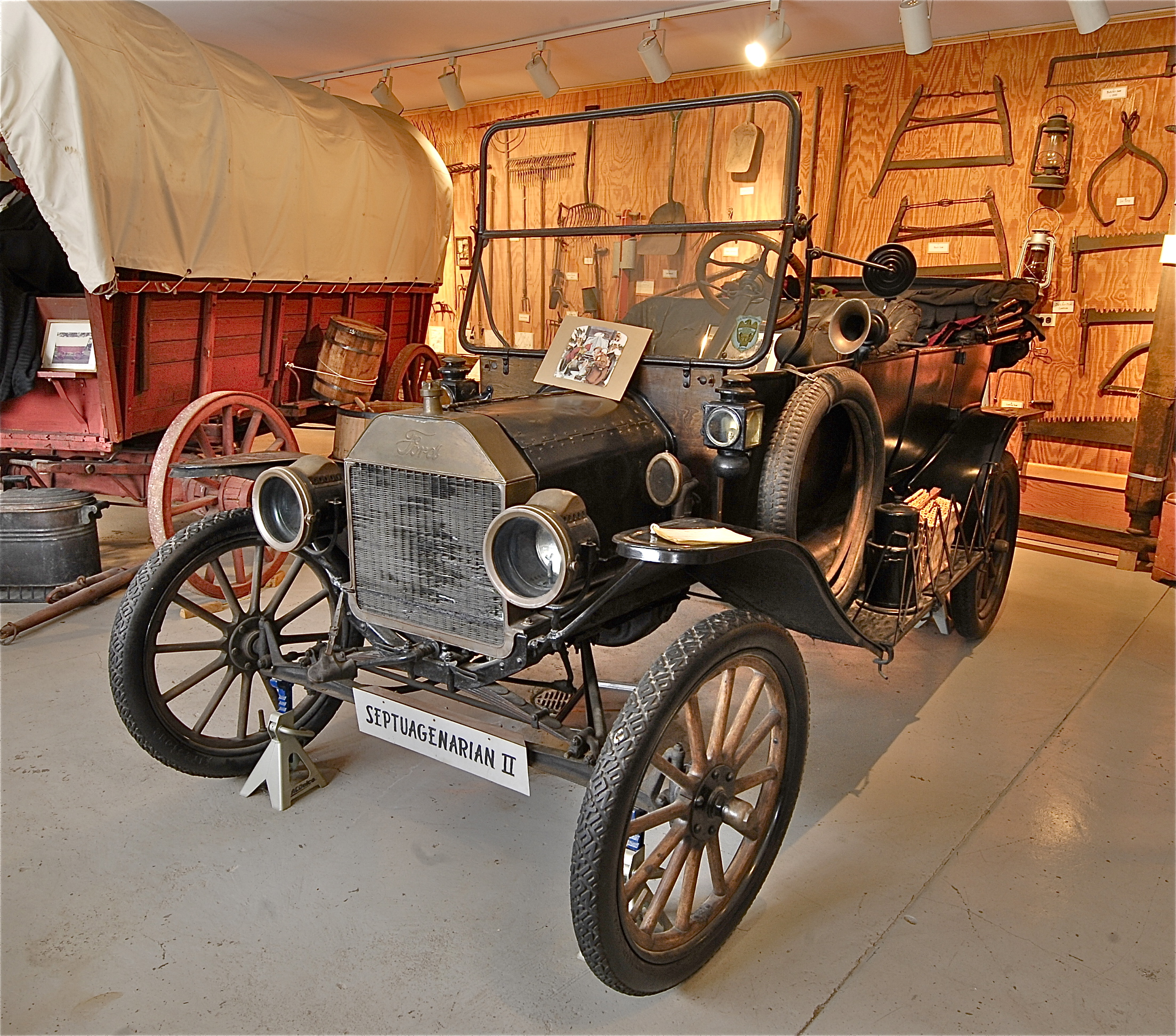 1916 Ford Touring car